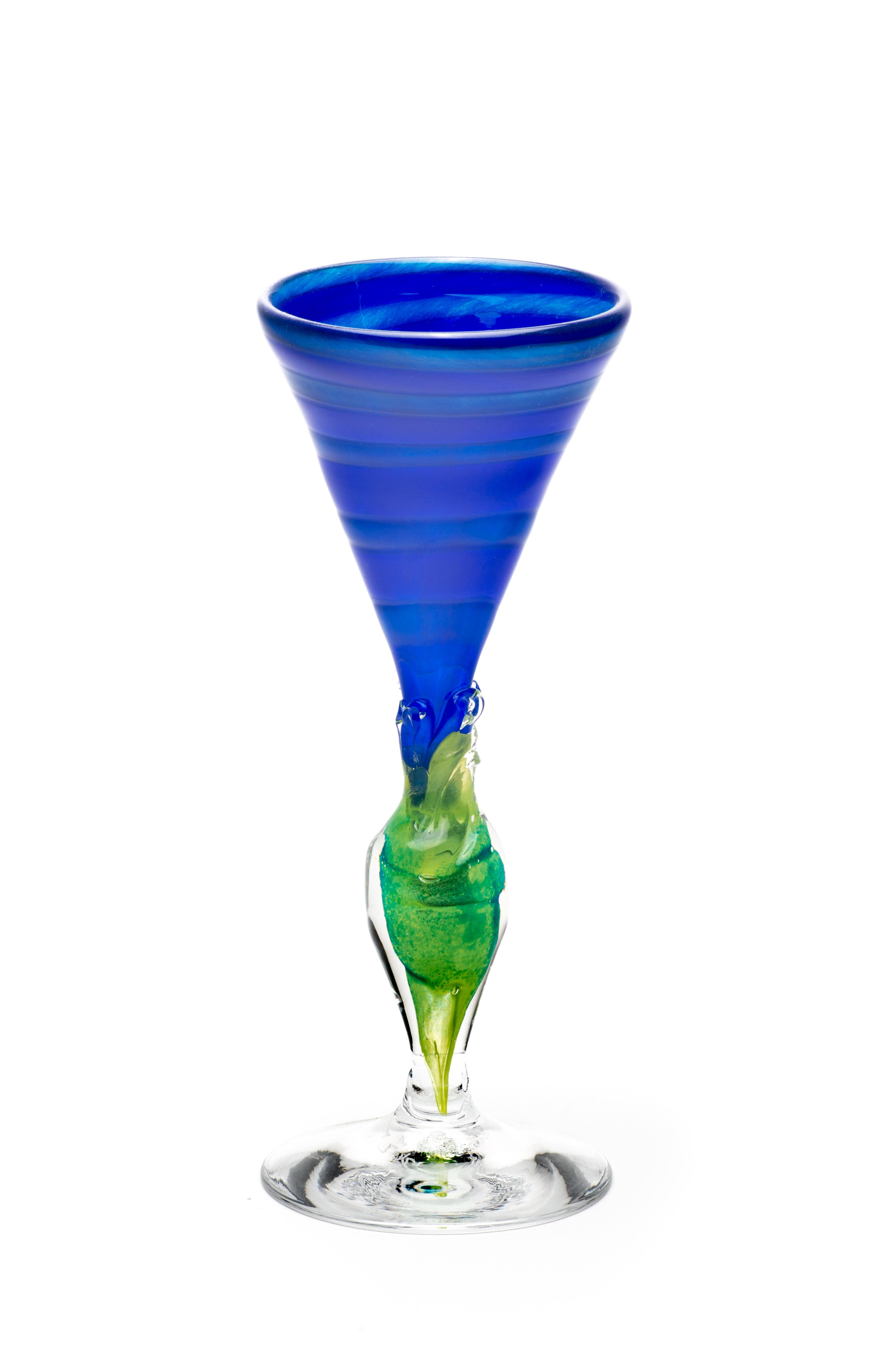 koboltblå med blå spiral og grønn stett