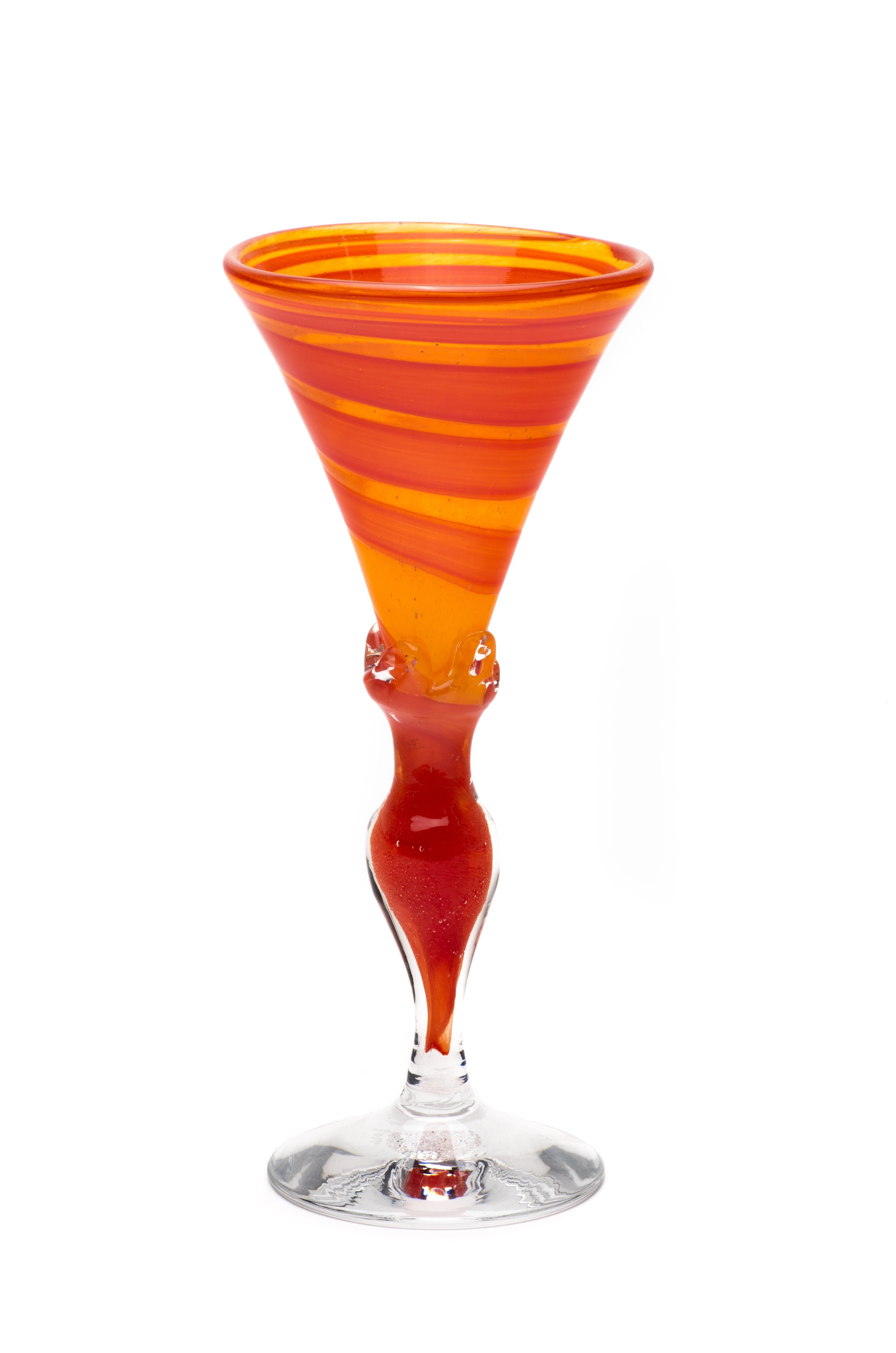 mandarin med rød spiral og stett